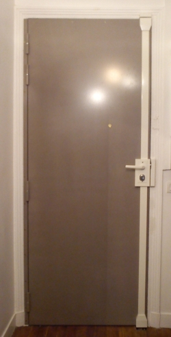 diff rents blindages de porte deuxi me partie. Black Bedroom Furniture Sets. Home Design Ideas